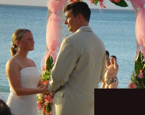 ruined_wedding_photo.jpg